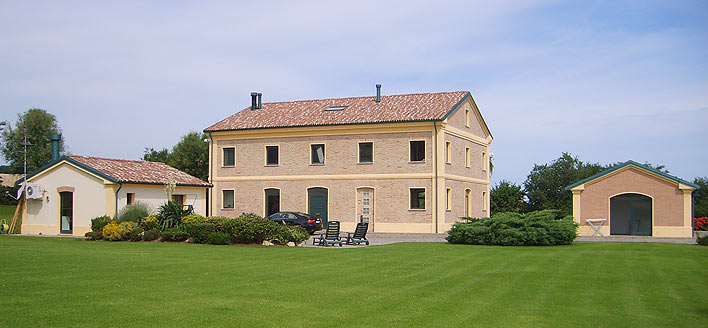 Buy italian real estate properties for sale in italy for Italian country homes